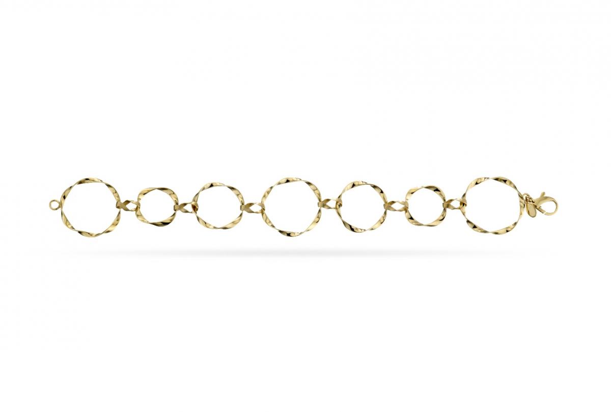 Twisted Circle Link Bracelet
