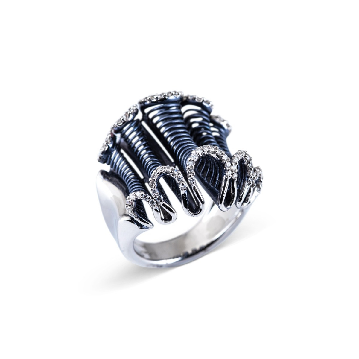 White Gold Ribbon Ring with Diamonds