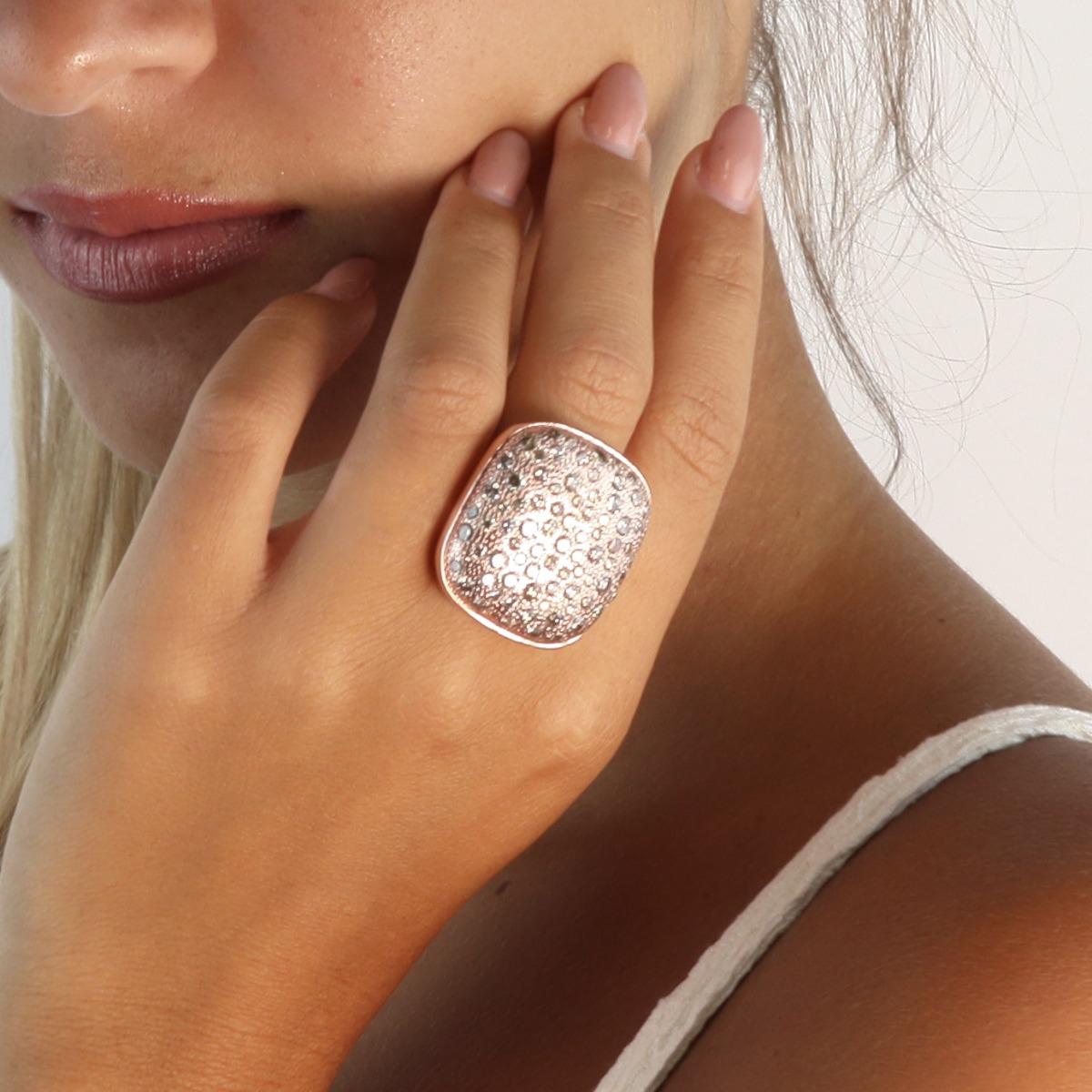 Band Diamonds Pavè Ring