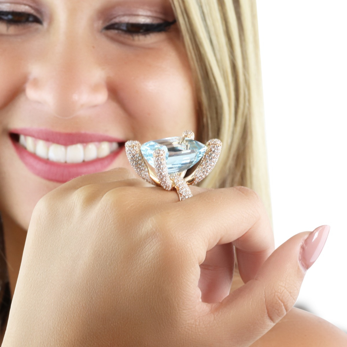 Diamond-Prong Aquamarine Ring