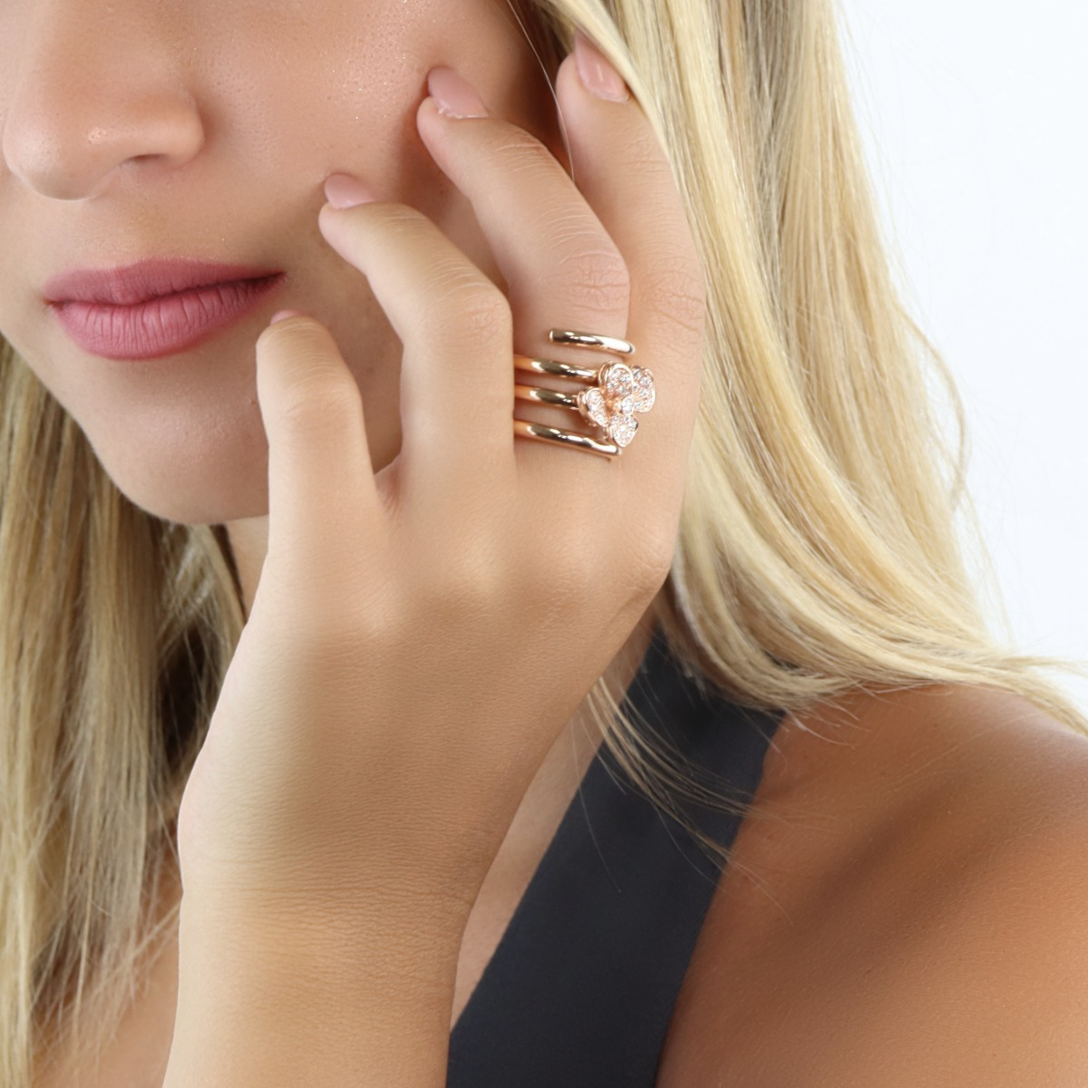 Red Gold Spiral Ring with Diamond-Enriched Flower