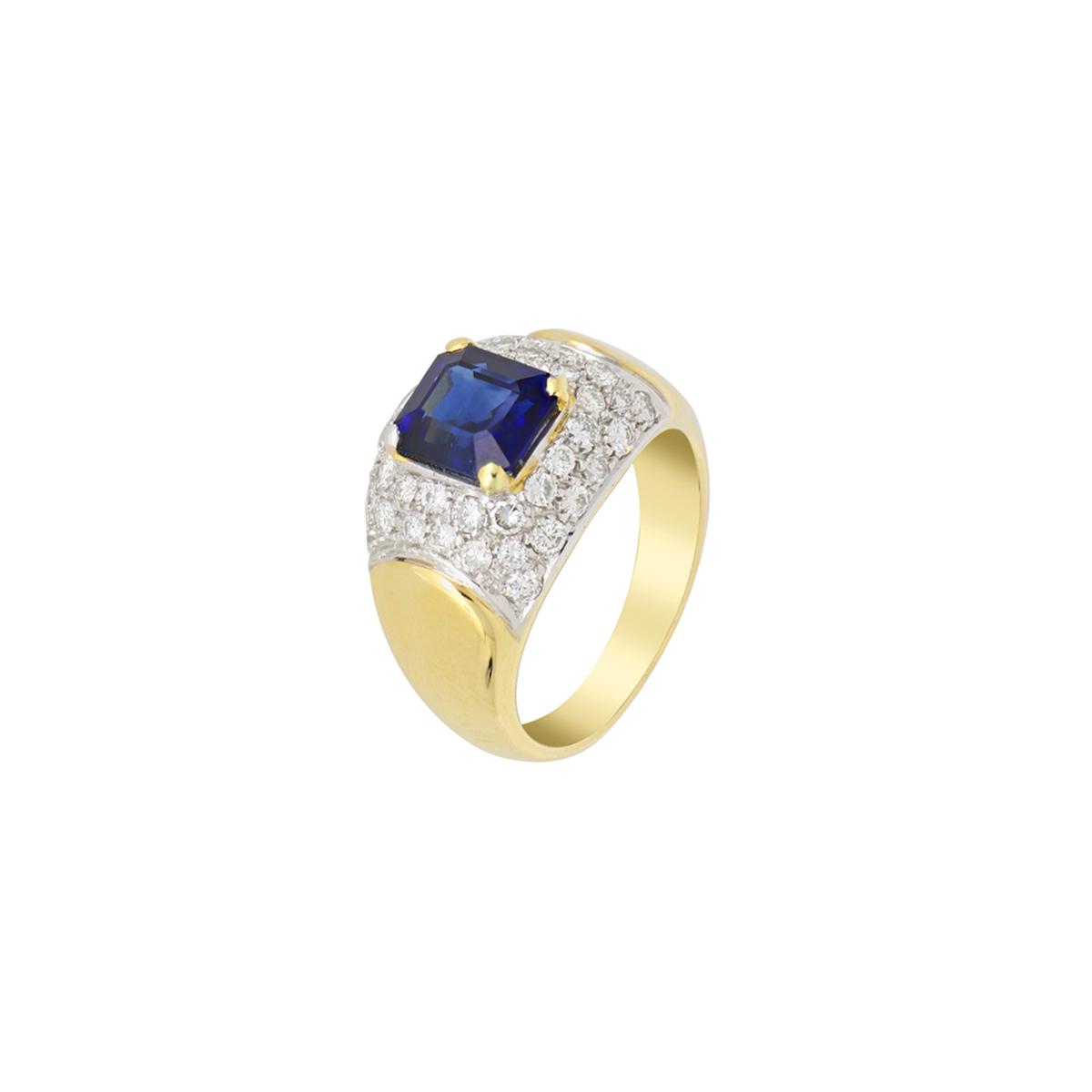 Octagon-Cut Sapphire Ring with Diamonds