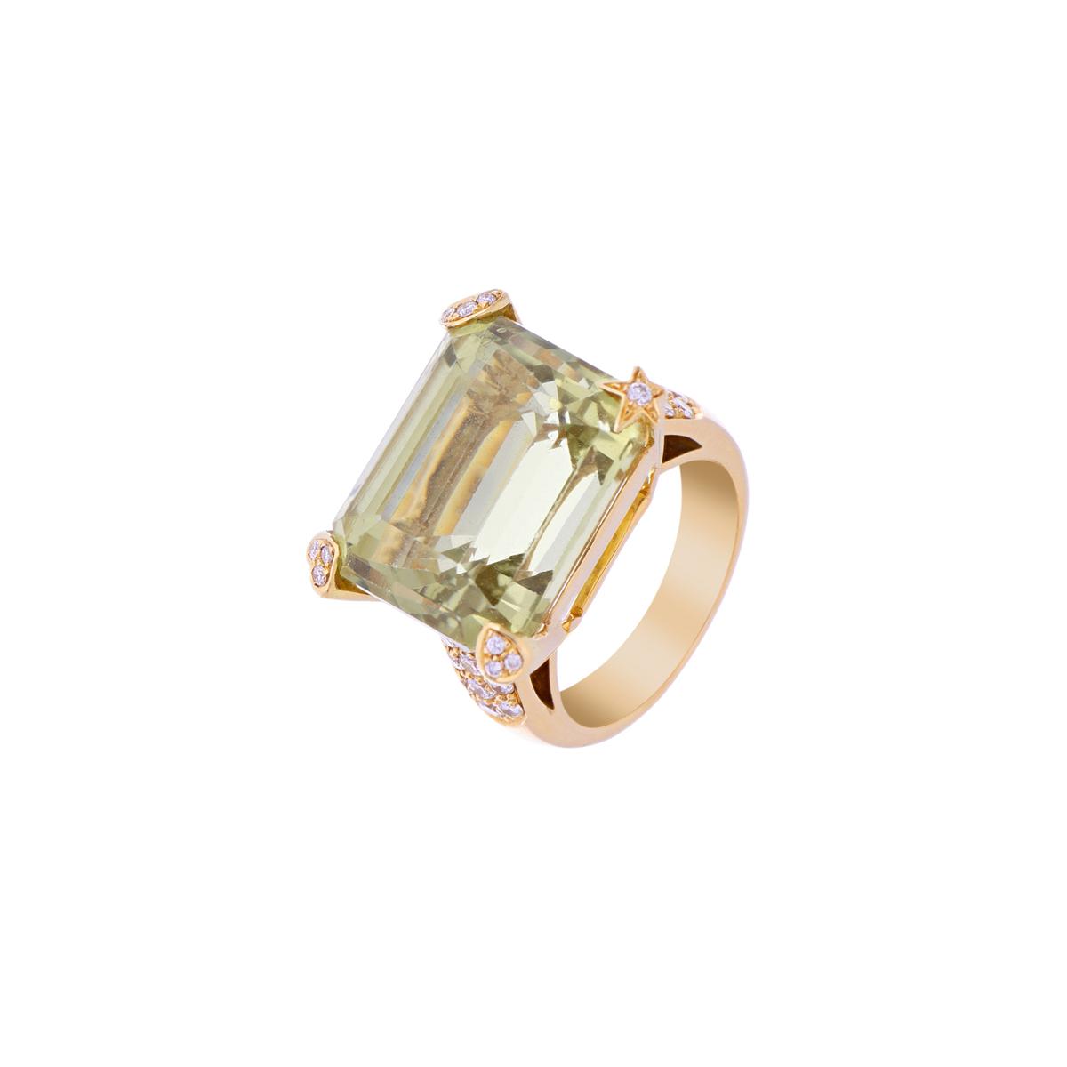 Yellow Gold Beryl Ring with Diamonds