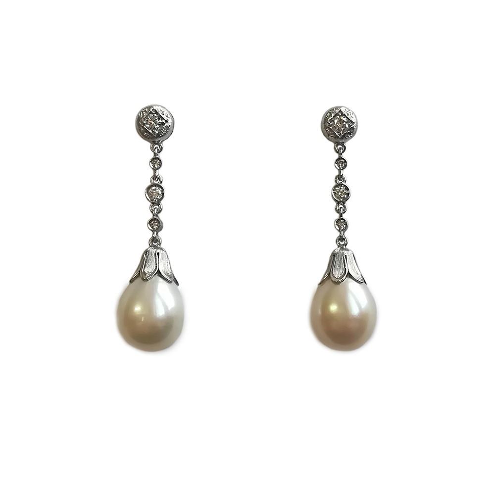 Fantasy Drop Pearl Earrings